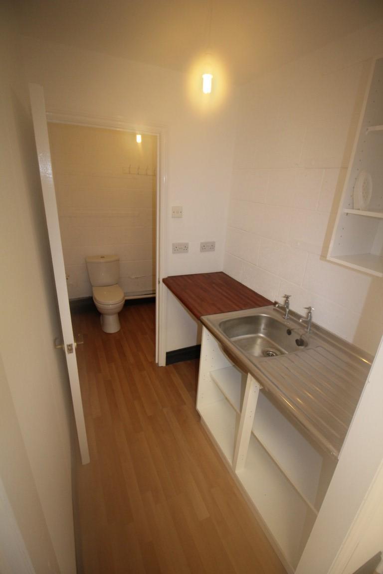 Kitchen/WC