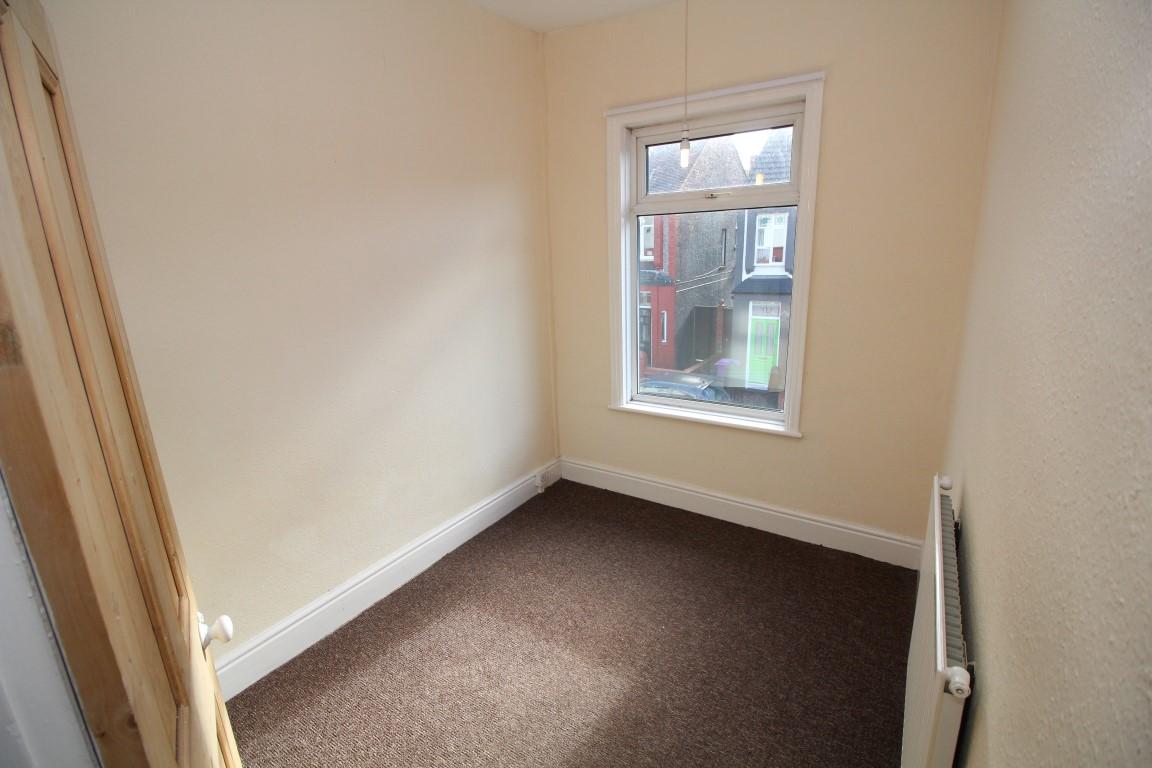 Front Bedroom (Smaller)